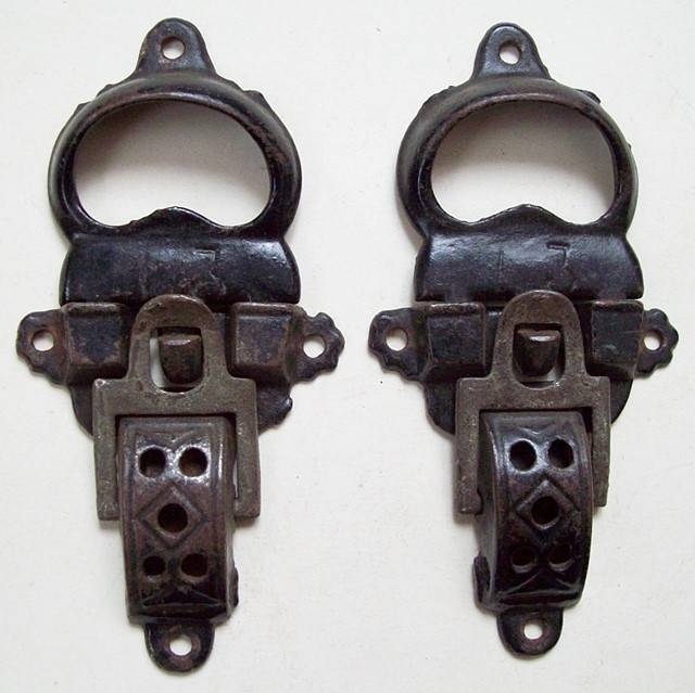 M104 - Trunk Latches #3 Size - Click Image to Close