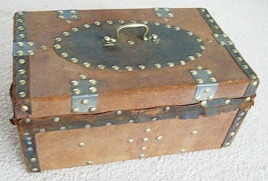 T118 - 1850's Document Box, Brass Tacks, Key! - Click Image to Close